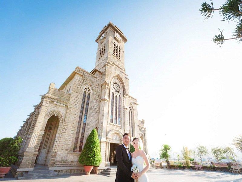 Nhà thờ nơi check in của các cặp đôi chụp ảnh cưới